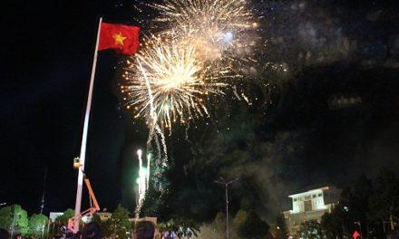 Đắk Lắk đề nghị được bắn pháo hoa trong lễ hội cà phê